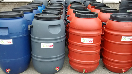 Rainwater barrels and compost bins distribution