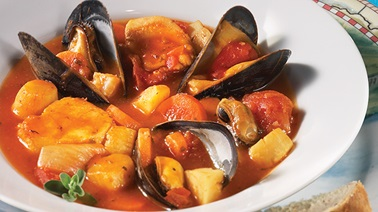 Bouillabaisse with Vegetables and Mussels