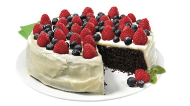 Gluten-free chocolate cake with cream cheese