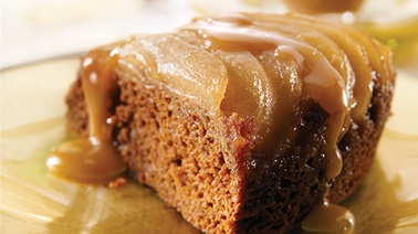 Pear upside down spice cake with caramel