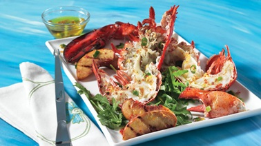 Grilled lobster and peaches with lemon and pink pepper