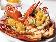 Barbecued lobster with spicy mango sauce