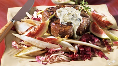Top sirloin beef medallions with blue cheese