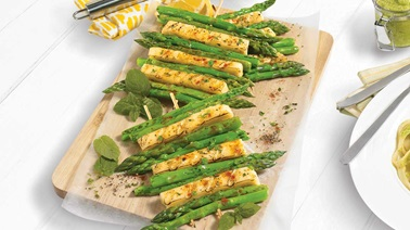Asparagus and Le St-Vallier cheese brochettes
