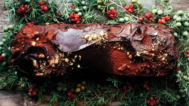 No-bake chocolate, puffed rice, and avocado yule log from Trois fois par jour