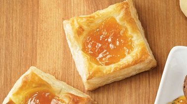 Peach with Ice Wine Jam Tarts
