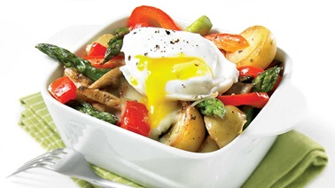 Vegetable cassolette with poached eggs
