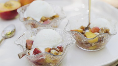 Vanilla ice cream cups & peach, nuts & white chocolate toppings by Trois Fois par Jour