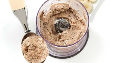 Banana and dark chocolate ice cream
