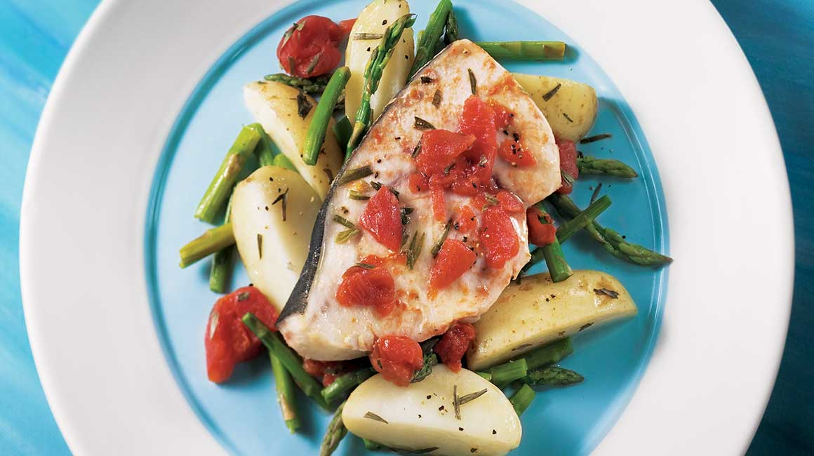 Swordfish with Potatoes and Asparagus