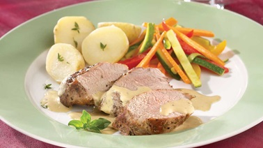 Pork filet with blue cheese sauce