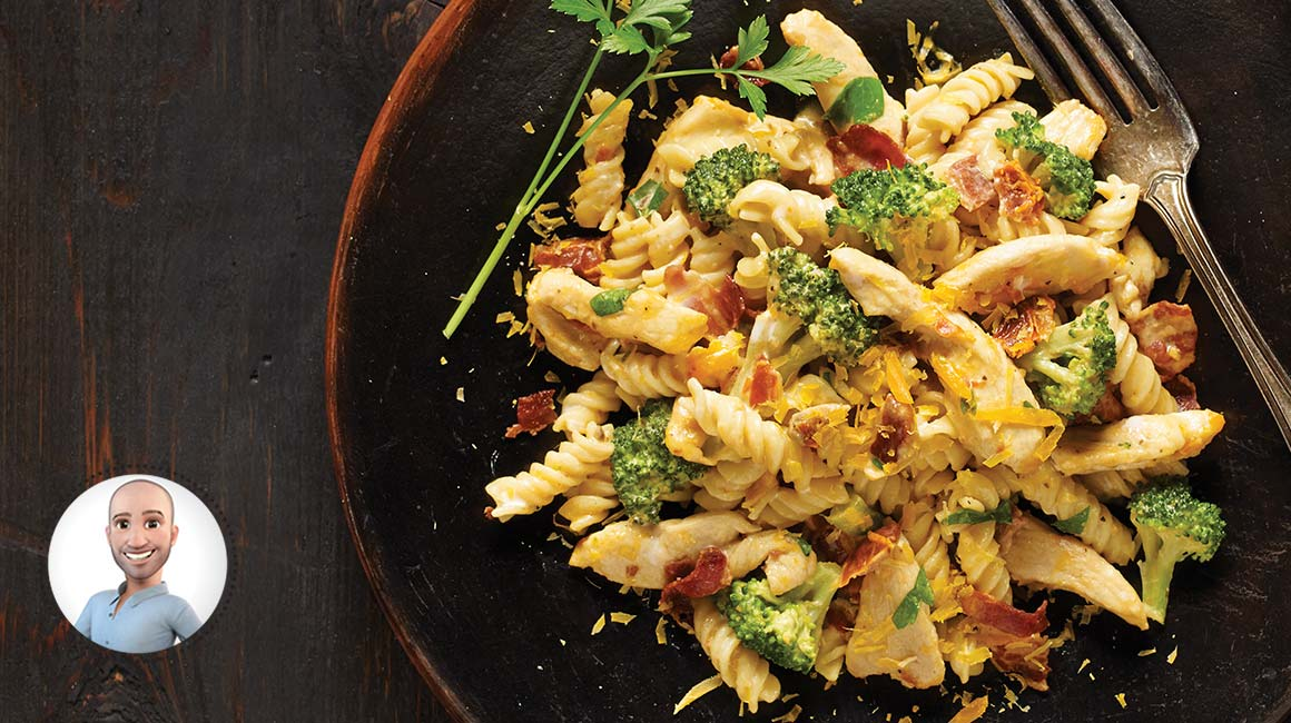Creamy fusilli with chicken and broccoli