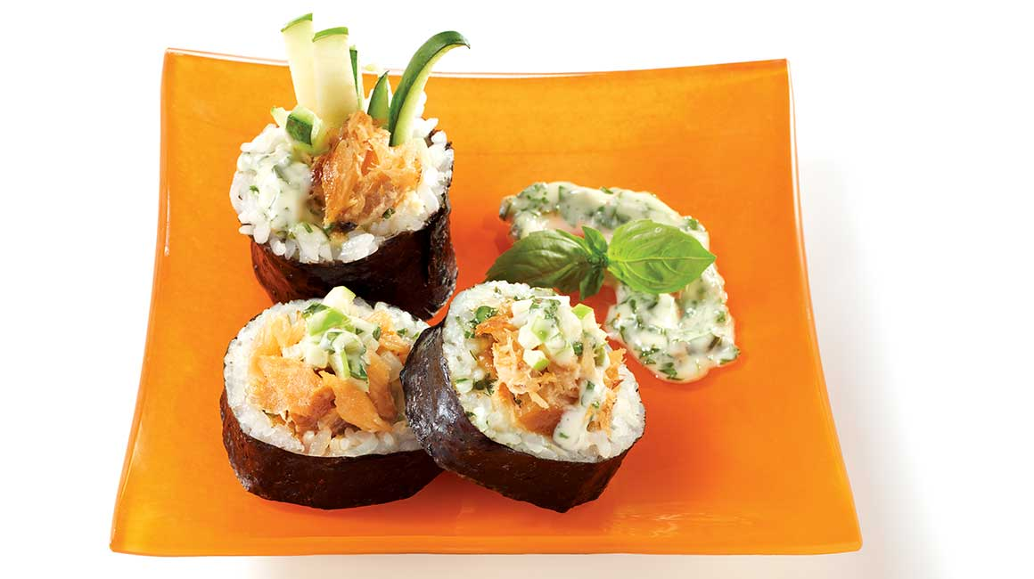 Maki with smoked salmon and basil from Geneviève Everrel