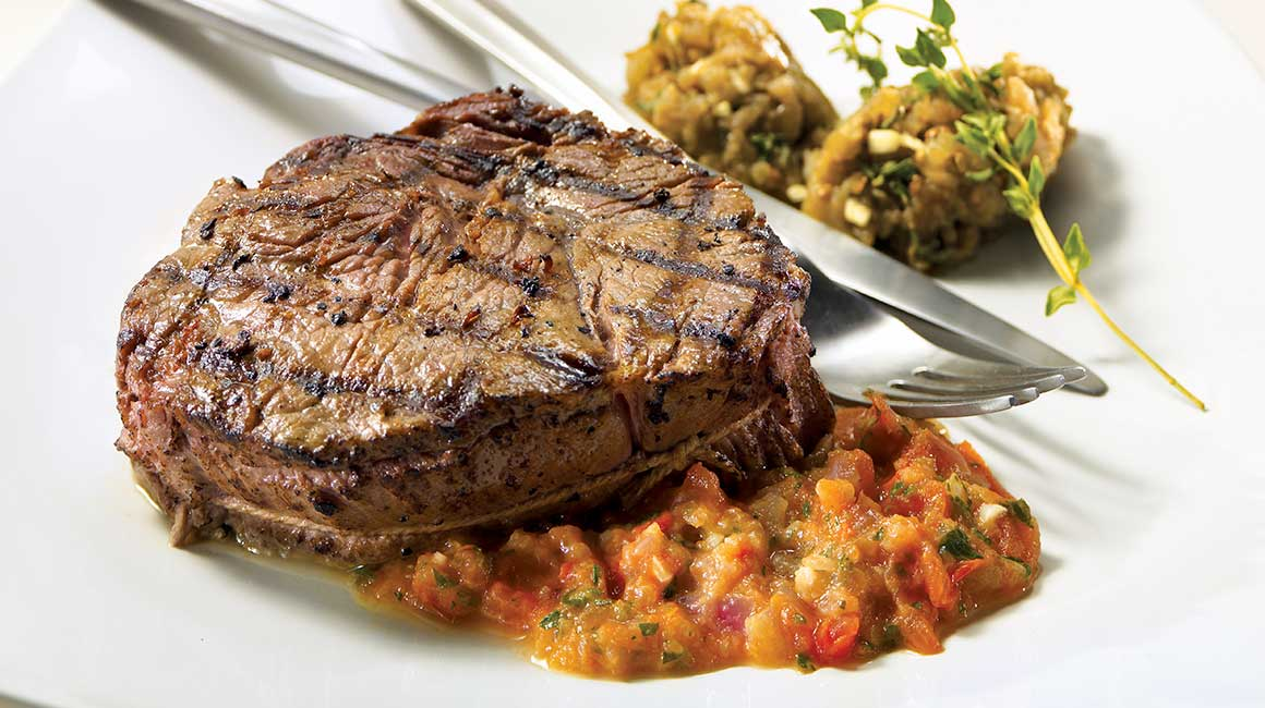 Beef medallions with provençal sauce and eggplant caviar