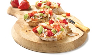 Crab, avocado, and strawberry medley