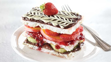 Sushi millefeuilles with crème anglaise, jam and fresh fruit