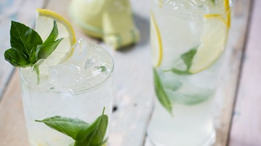 Lemon and basil mojito by Monsieur Cocktail