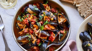 Portuguese-Style Mussels from Geneviève O'Gleman