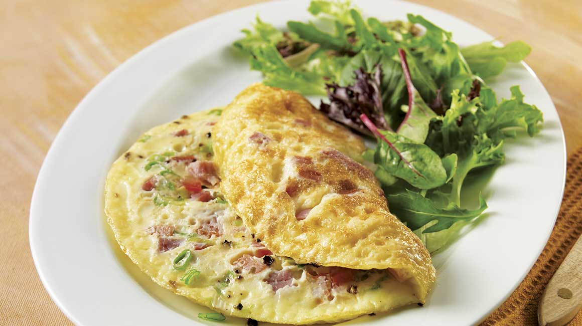 Dinner omelettes iga recipes ham eggs vegetables for Repas facile amis