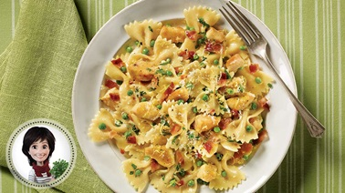 Chicken & sweet pea pasta from Josée di Stasio