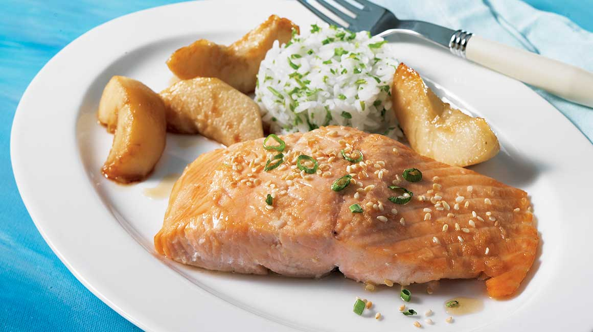 Salmon steak with asian pears