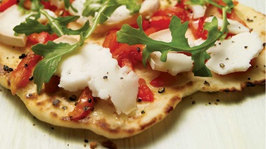Grilled Pepper, Goat Cheese and Arugula Naan Pizza