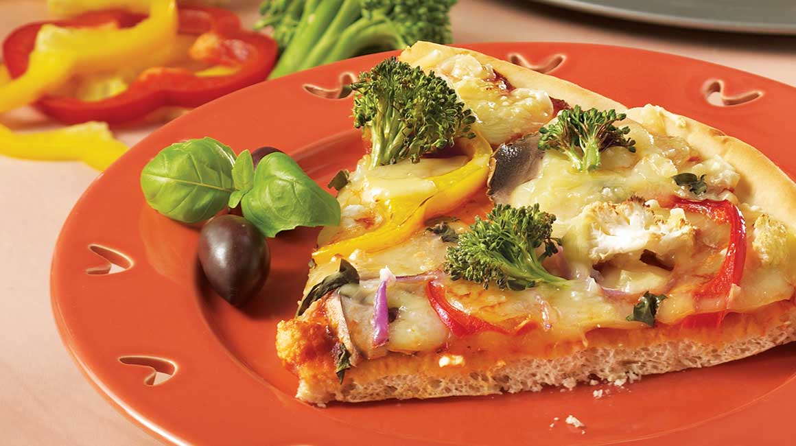 Three-cheese pizza primavera