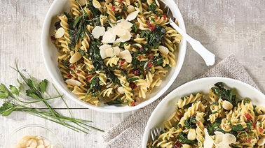 Pasta with olive oil and Swiss chard