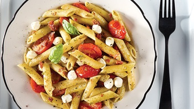 Pesto Penne with Tomato and Bocconcini
