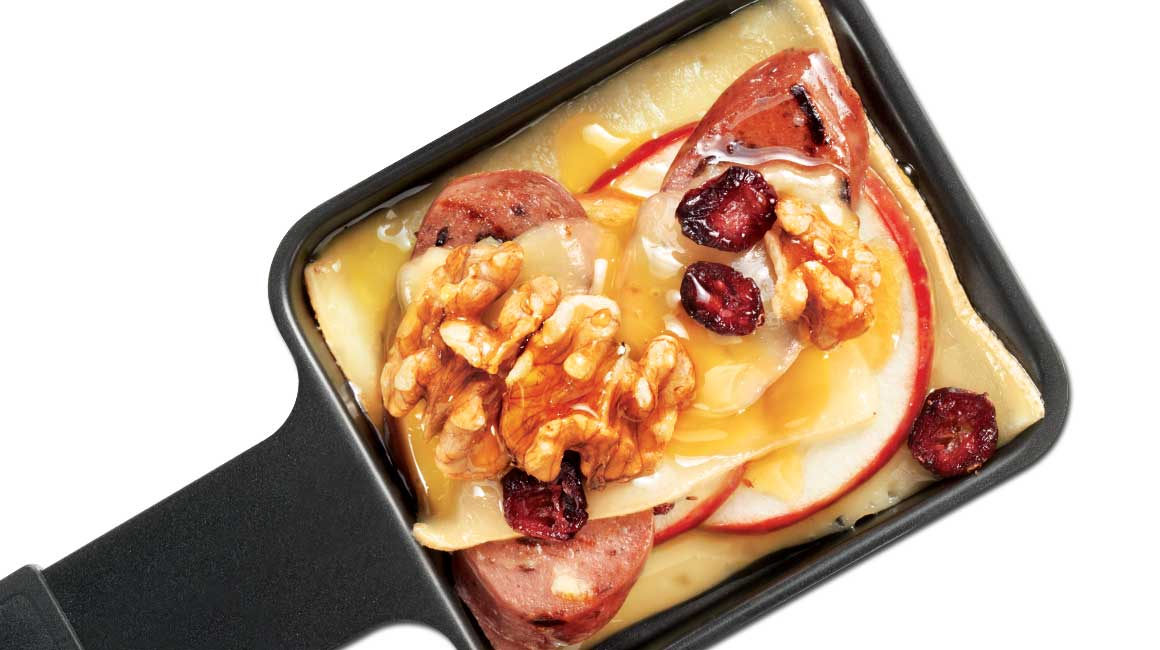 Fritz Raclette cheese with shrimp and sour cream | {Raclette 46}