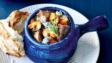Beef & mushroom stew with blue cheese