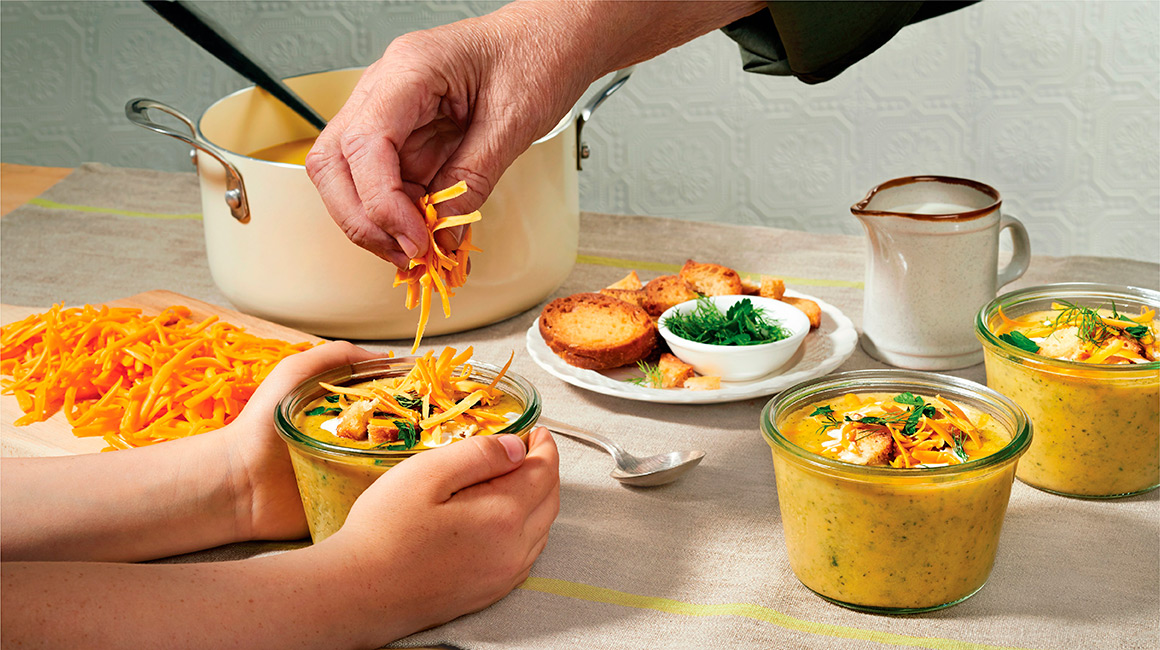 Broccoli soup with medium cheddar cheese