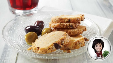 Cheesy shortbread appetizers from Josée di Stasio