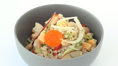 Barley-vegetable salad with Gouda DuVillage cheese