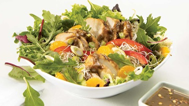 Chicken and peanut meal salad