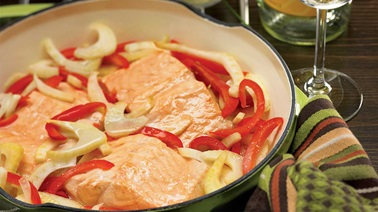 Braised Salmon with White Wine and Fennel