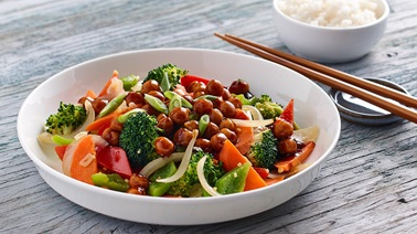 Chickpea and vegetable stir-fry with General Tao honey sauce