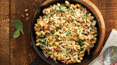 Tortiglioni with spinach