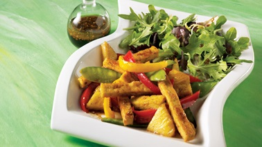 Warm tofu, pepper and pineapple salad