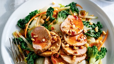 Bok Choy and Pork Tenderloin Salad with Teriyaki Dressing by Ricardo