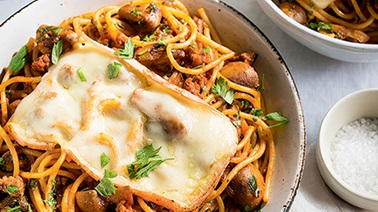 Spaghetti with Veal and Mushrooms au Gratin