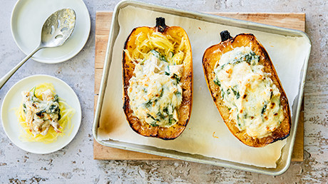 Spaghetti squash: recipes + tips on how to cook it